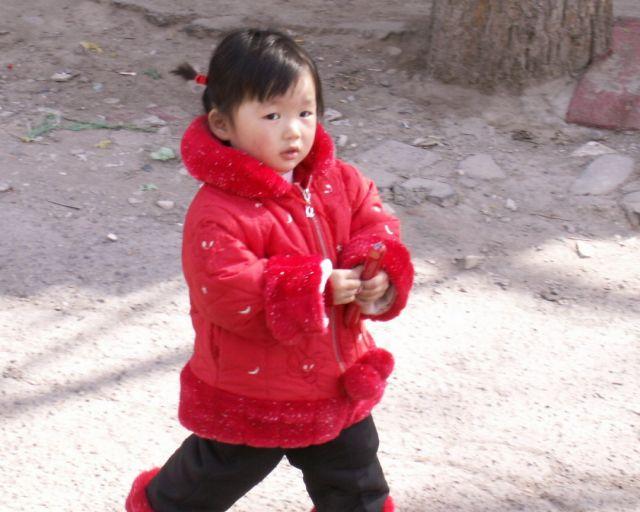 Zdjęcia: Pekin, Czerwony kapturek, CHINY