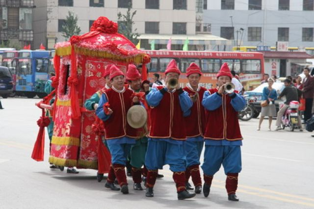 Zdj�cia: Datong, jeden z etap�w �lubu, CHINY
