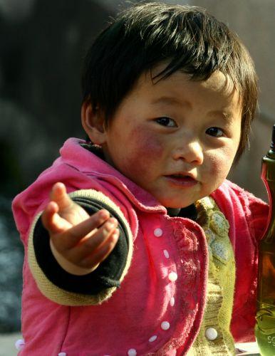 Zdjęcia: Lijiang, Czekajac na zaplate, CHINY