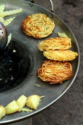 Zdjęcia: Lijiang, placki ziemniaczane, CHINY