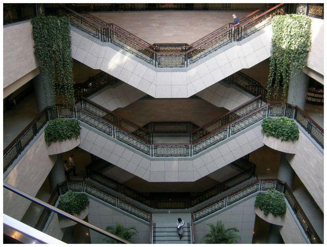 Zdjęcia: Muzeum sztuki, Shanghai, Schody, schody..., CHINY