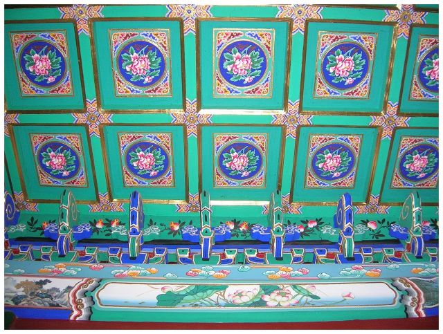 Zdjęcia: Pekin - Pałac Letni, ChinyPółnocne, Galeria Długi Korytarz - zdobienia , CHINY
