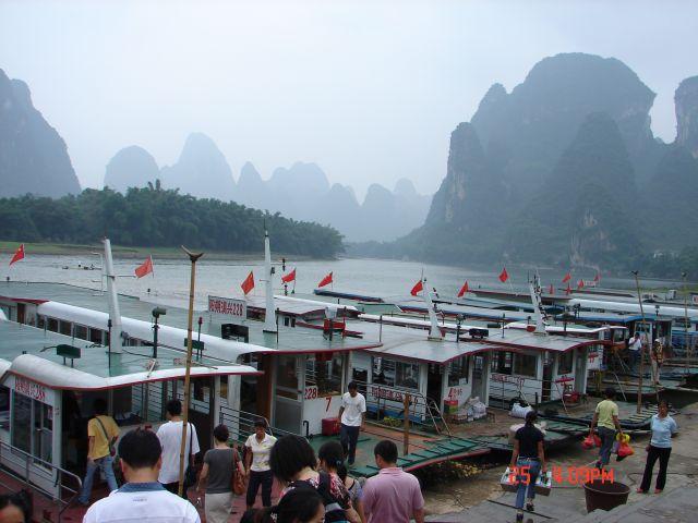 Zdjęcia: Guilin, Guangzo, Czekanie  na turystow, CHINY