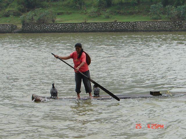 Zdjęcia: Yangsao, Guangzo, Komputery na rzece, CHINY