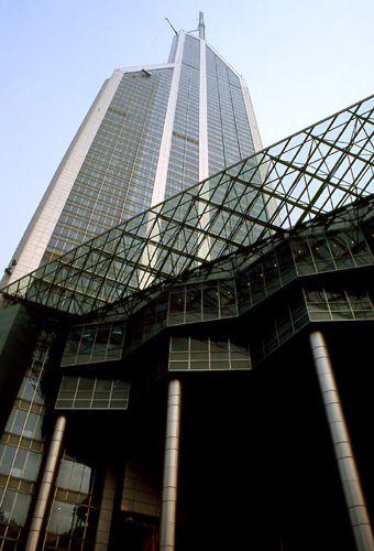 Zdjęcia: Shanghai, wieżowiec przy People Square, CHINY