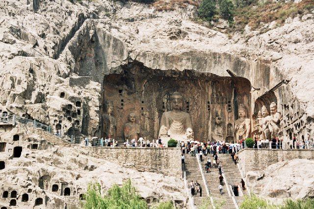 Zdjęcia: Luoyang, Henan, Groty longmen-Grota Modłów za Przodków, CHINY