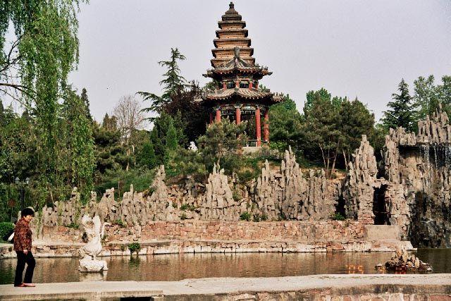 Zdj�cia: Luoyang, Henan, �wi�tynia Bia�ego Konia, CHINY