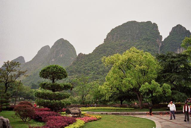 Zdj�cia: Guilin, Guangxi, Okolice Groty Trzcinowego Fletu, CHINY