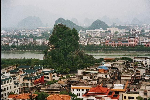 Zdjęcia: Guilin, Guangxi, Wzgórze Uległe Falom, CHINY