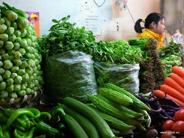 Zdjęcia: Szanghaj, Kulinarnie - stragan z warzywami, CHINY