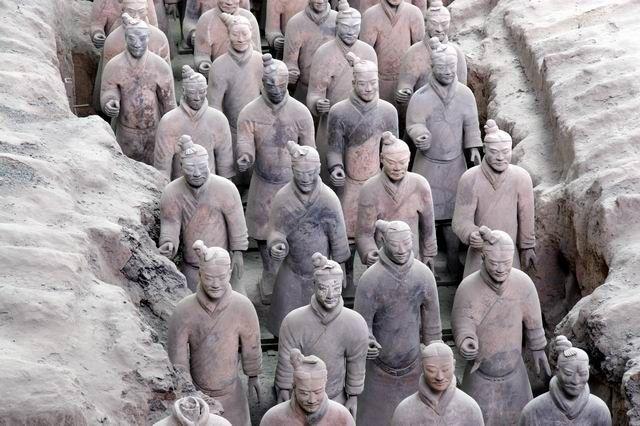 Zdjęcia: Xi'an - tarakotowa armia, Nadal na straży grobowca, CHINY