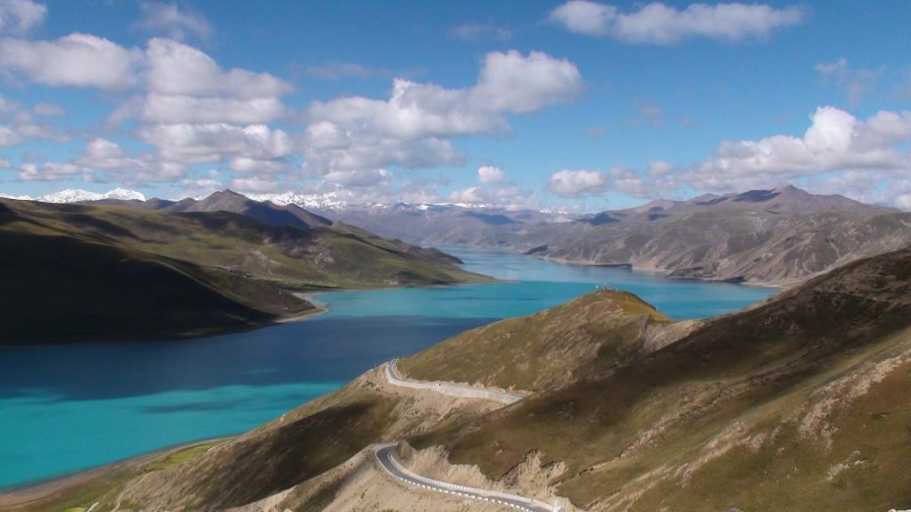 Zdjęcia: Jeziori Yamdrok, Tybet, Woda dachu świata, CHINY