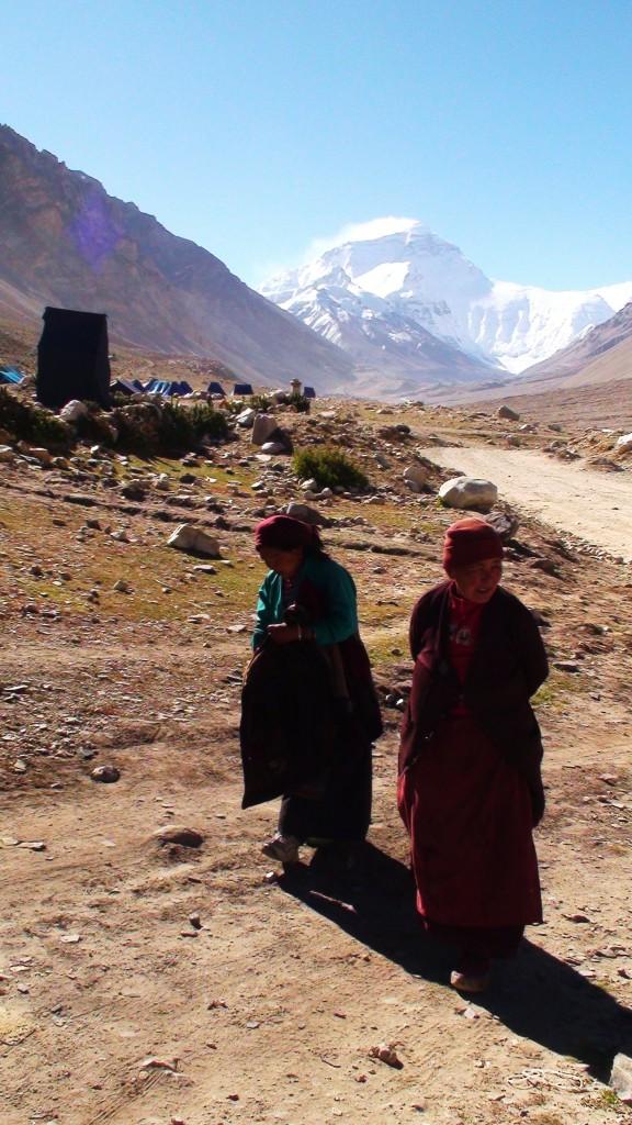 Zdjęcia: Pn. zbocze Mt. Everestu, Tybet, Pierwsza baza wspinaczkowa, CHINY
