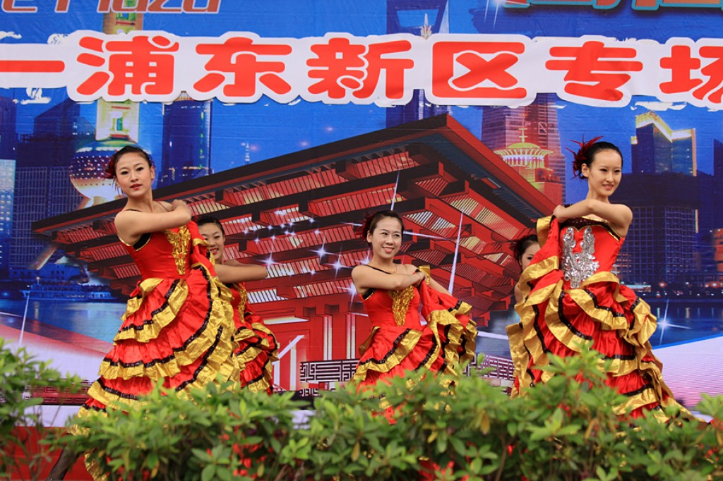 Zdjęcia: Shanghai, Shanghai, EXPO 2010 - chińskie tancerki, CHINY