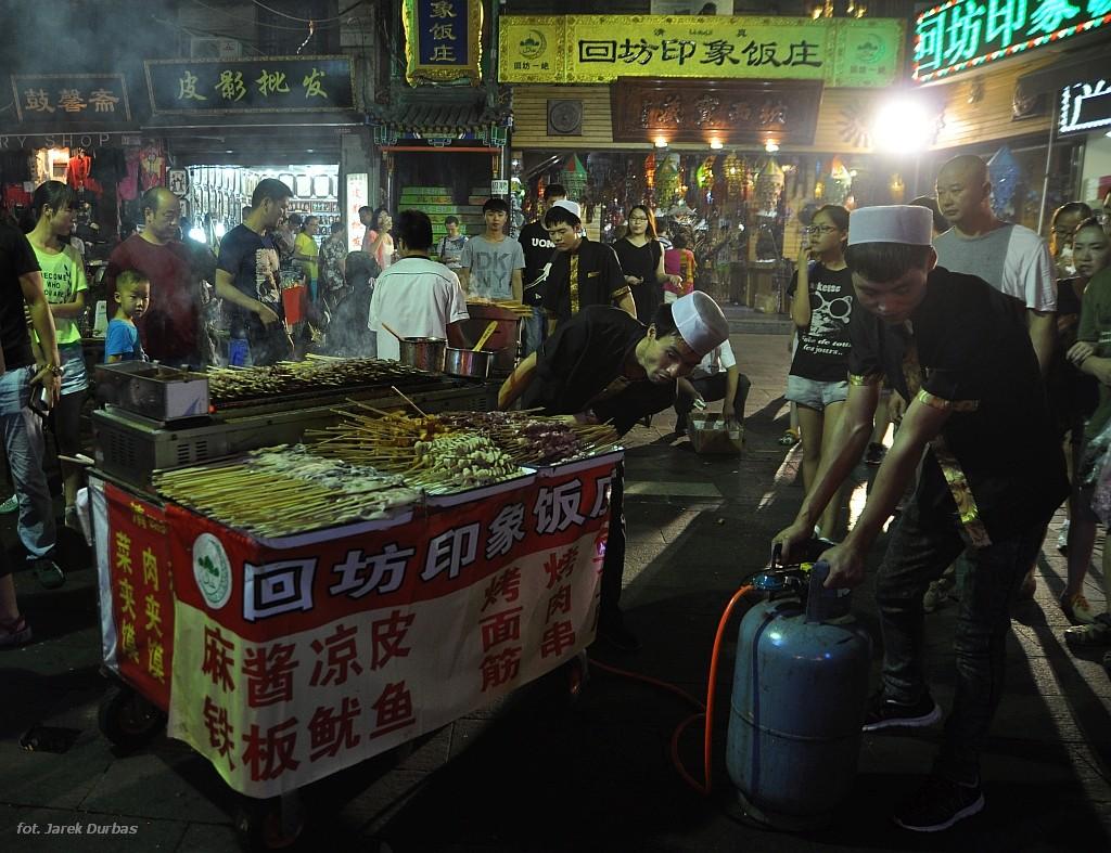 Zdjęcia: dzielnica muzułmańska, Xian, Szaszłyki, CHINY