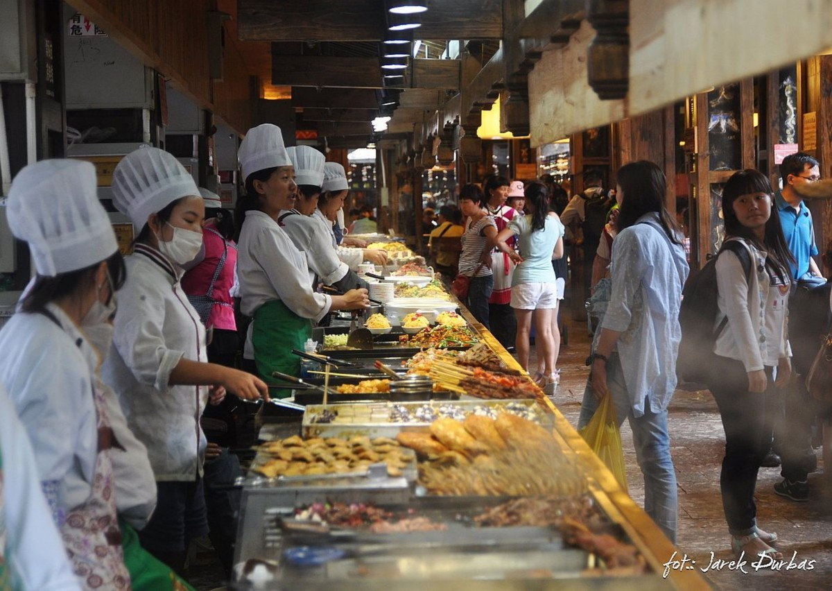 Zdjęcia: Lijiang, Lijiang, jedzonko, CHINY