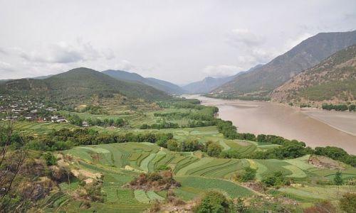 Zdjecie CHINY / Yunnan / okolice Lijiang / Pierwsza zatoka Jangcy