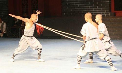 Zdjęcie CHINY / Shaolin / Klasztor Shaolin / Mnisi