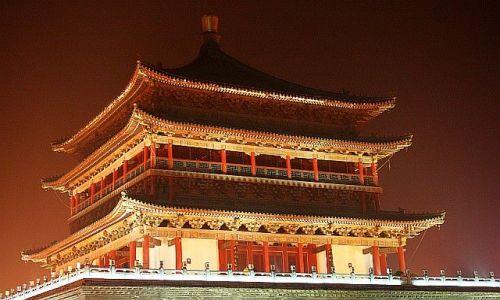 Zdjecie CHINY / Xian / Xian / wieża dzwonu