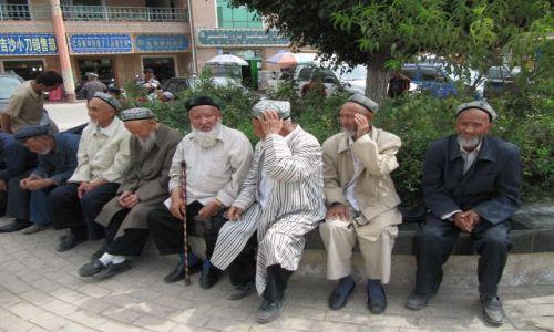 Zdjęcie CHINY / Kaszgar / ulica / Starszyzna