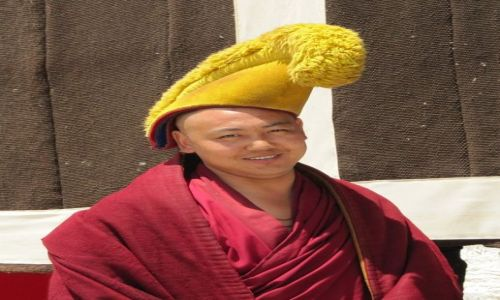 Zdjęcie CHINY / Xiahe / klasztor Labrang / mnich żółte Czapki