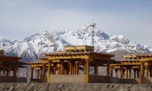 Zdjecie CHINY / - / Taxkorgan / Pamir Highway