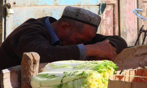 Zdjecie CHINY / Karzgar / Karzgar / Sprzedawca  kapusty