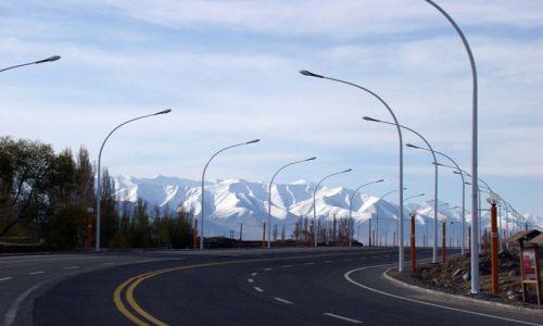 Zdjęcie CHINY / Tashkurgan Tajik Autonomous County / Tashkurgan / Pamir Highway