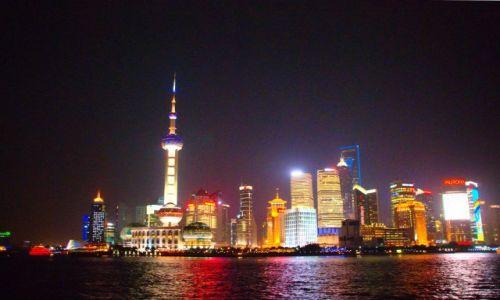 Zdjecie CHINY / Szanghaj / Szanghaj / Pudong nocą
