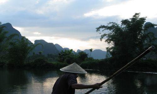 Zdjecie CHINY / Yangshuo / Guilin / Rzeka Li