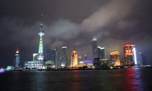 Zdjęcie CHINY / brak / Szanghaj / Pudong nocą