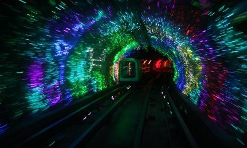 Zdjęcie CHINY / brak / Szanghaj / światełko w tunelu