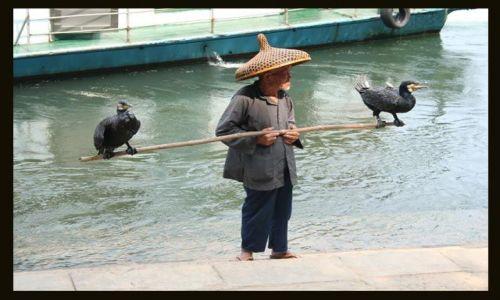 Zdjęcie CHINY / brak / Yangshuo / pan na rybki ? nie ... na rybki ....