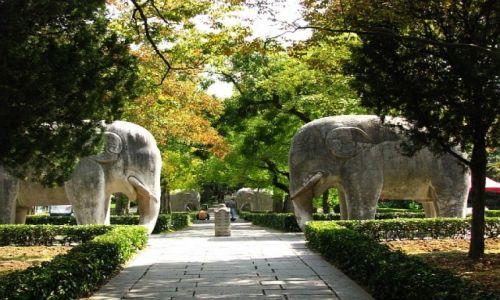 CHINY / prowincja Jiangsu / Nankin / grobowiec cesarza Hongwu