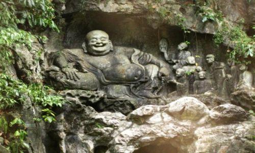 CHINY / prowincja Zhejiang / Hangzhou / rzeźby buddyjskie w zboczu Feilai Feng