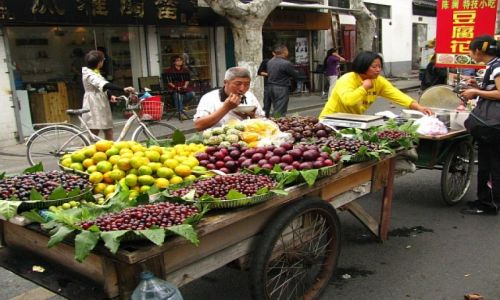 Zdjecie CHINY / prowincja Jiangsu / Suzhou / na straganie