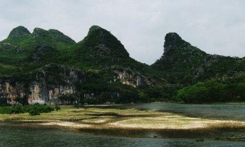 Zdjęcie CHINY / Gulin / Na  łodzi / Spływ po rzece Li