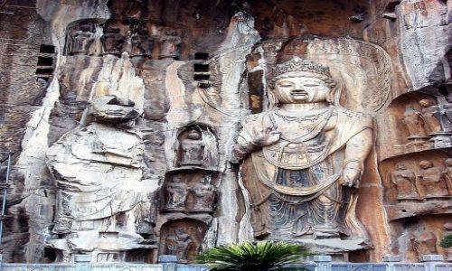 Zdjecie CHINY / w pobliżu Luoyang /   / W grotach Longmen