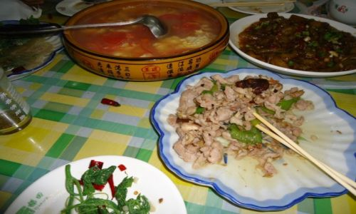 Zdjecie CHINY / Yunnan / Xinjie / Chińskie jedzenie (5)