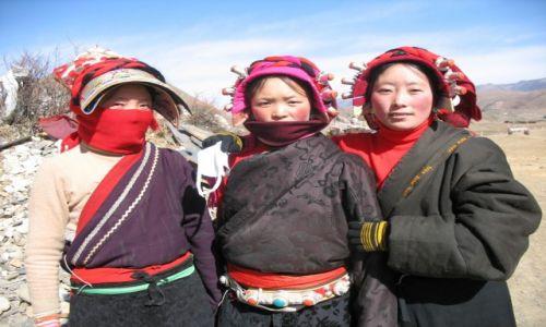 CHINY / Sichuan / Tagong (Lhakang) / Konkurs_kobieta_Pielgrzymka