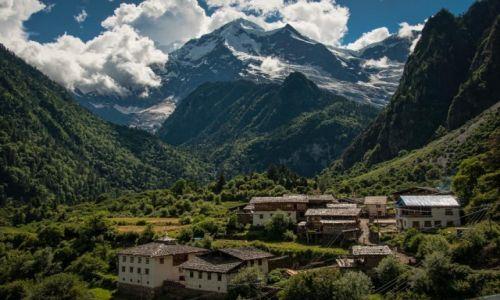 Zdjecie CHINY / Yunnan / Yubeng (Deqin) / Yubeng!