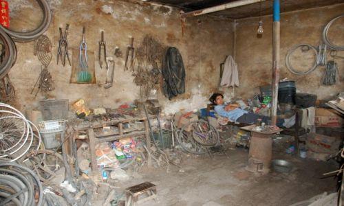 CHINY / Shanxi / Pingyao / Warsztat rowerowy w Pingyao ;)