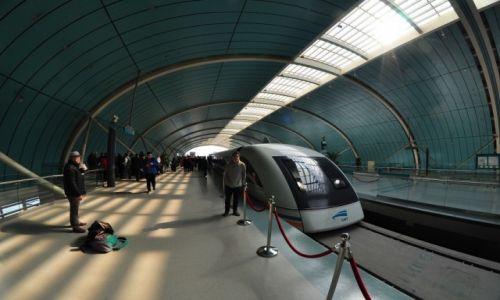 CHINY / Szanghaj / Pudong International Airport / Najszybszy pociąg świata