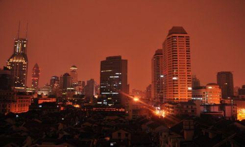 CHINY / Szanghaj / Widok z okien na Bundzie / Szanghaj