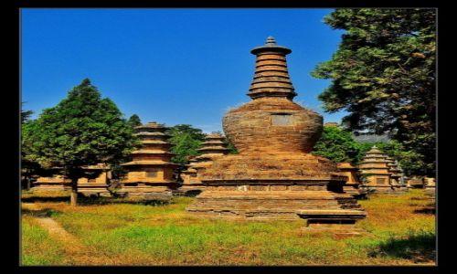 Zdjęcie CHINY / Prowincja Henan / Shaolin Si / Wspomnienie po mistrzach...