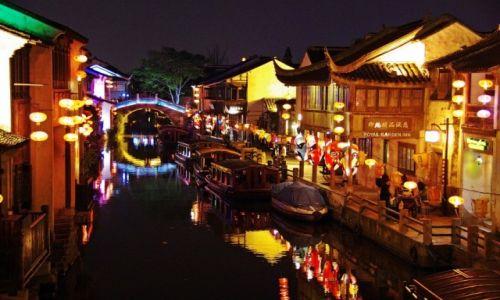 Zdjęcie CHINY / Jiangsu / Suzhou / Kanały nocą