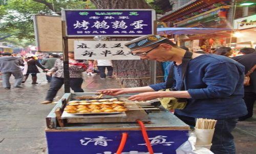Zdjęcie CHINY / Shaanxi / Xi'an / Szaszłyki z jajek