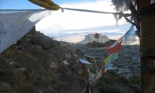 Zdjecie CHINY / Tybetański Region Autnomiczny / Taszilumpo / Na pielgrzymim szlaku