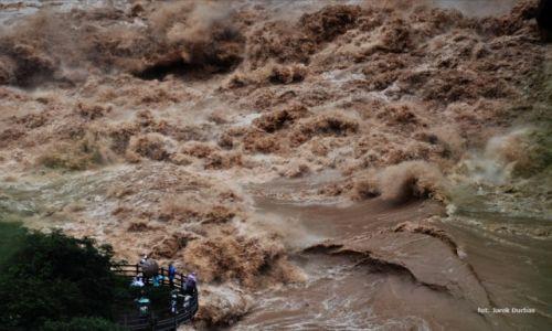 Zdjecie CHINY / Yunnan / Wąwóz Skaczącego Tygrysa / Jangcy
