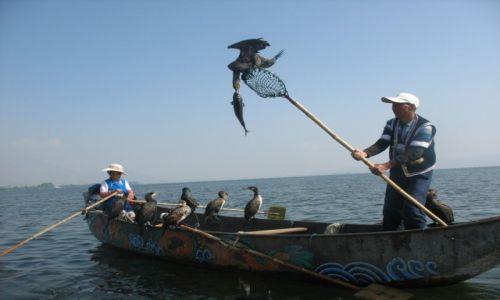 Zdjecie CHINY / Yunnan / Er Hu / Rybacy